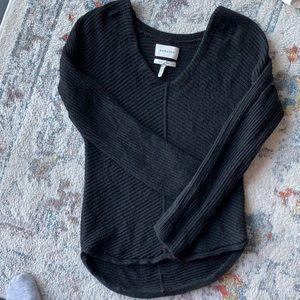💜Aritzia babaton merino wool long sleeve sweater
